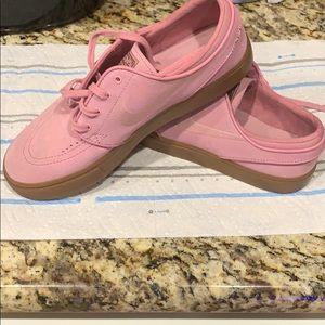 men's pink janoskis
